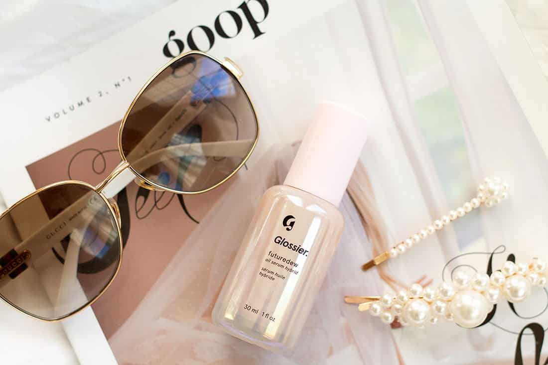 Glossier's Futuredew – The Key to a Dewy and Radiant Skin