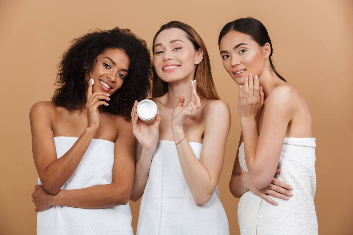 Should you use Hyaluronic Acid with Vitamin C in Your Skincare Routine?