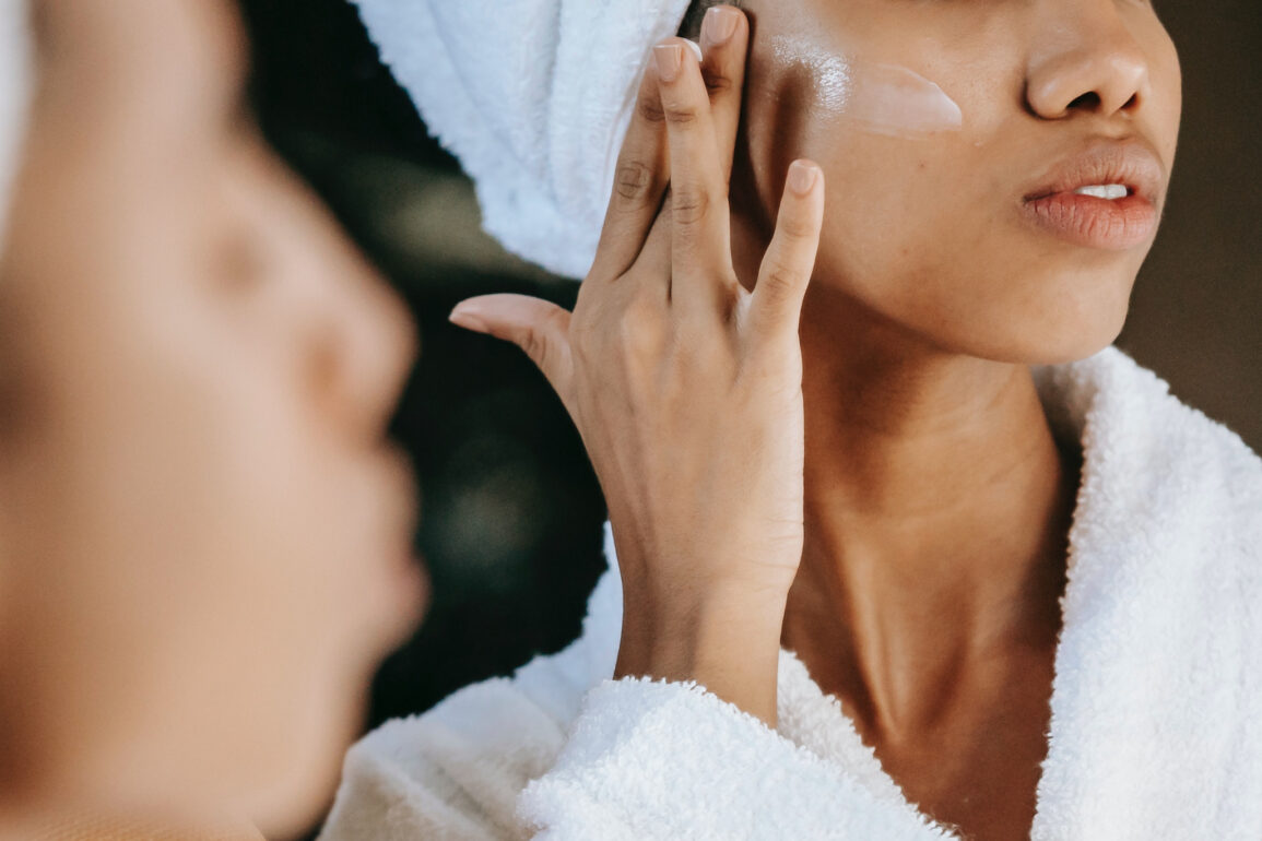 Should You Use a Jade Roller Before or After Moisturizer?